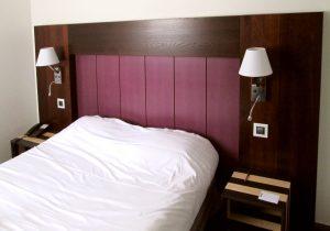 Tête de lit - Table de chevet - Hotel