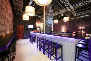 Mobilier bois - Buffet de restaurant, comptoir, bar
