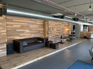Meubles pour 60 chambres de l'hôtel France Hostels - Les 2 Alpes et de ses parties communes