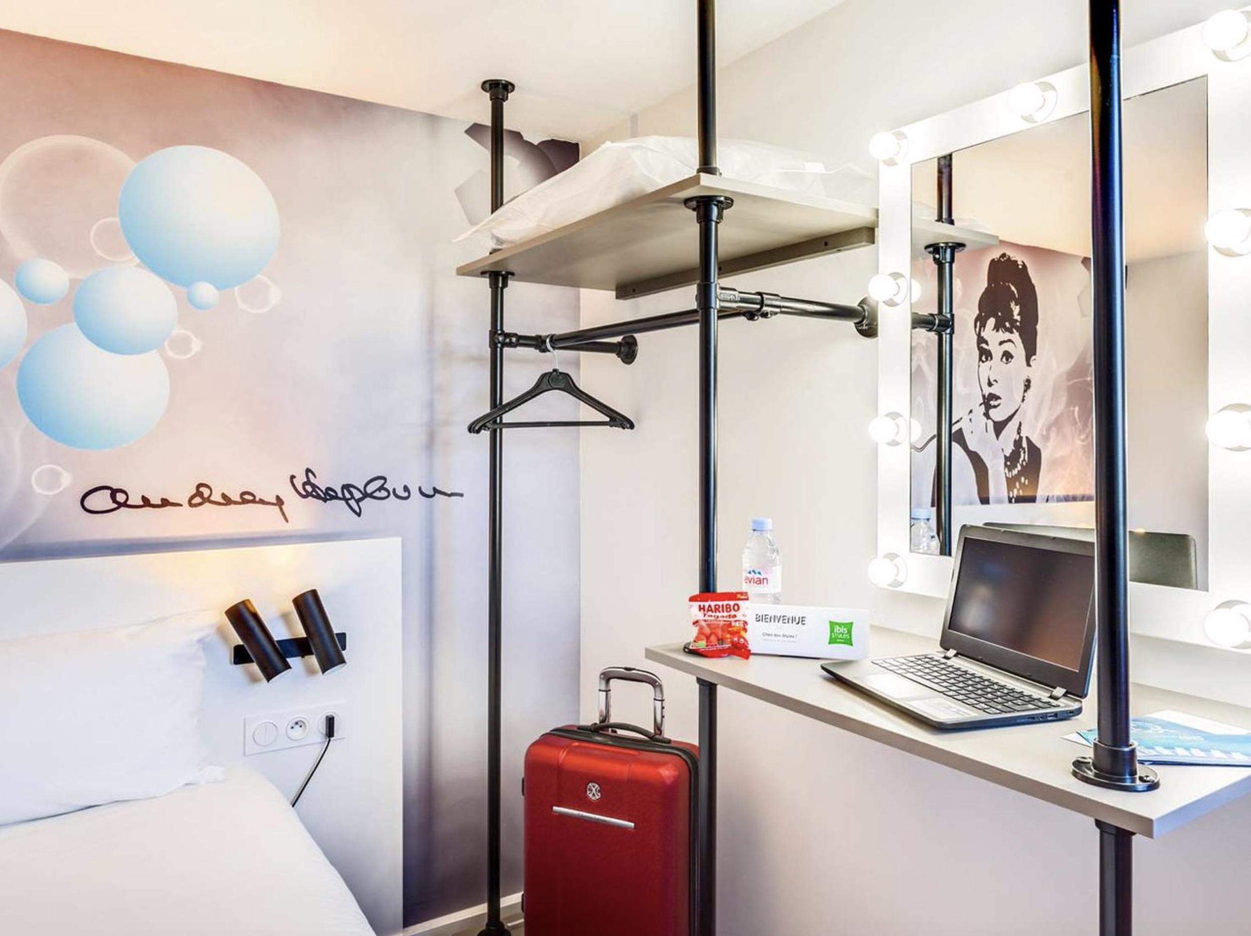 Agencement de 65 Chambres de l'hôtel ibis Styles Paris Saint Denis Plaine